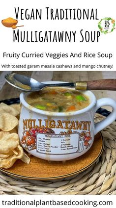 Mulligatawny is a delicious traditional soup packed full of wholesome veggies, rice and curry spices. This fruity curry is one the whole family will love. Best Dinner Recipes, Healthy Crockpot Recipes, Fall Recipes, Vegan Recipes, Mulligatawny, Curry Spices, Slow Cooker Soup, Homemade Soup, Veggies