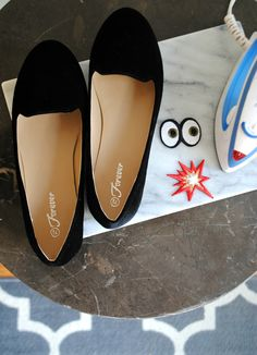 DIY 5-Minute Emoji Smoking Slippers #diy #fall #tutorial #emoji