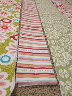 do it yourself divas: DIY: Baby Rag Quilt made with fabric strips rather than squares