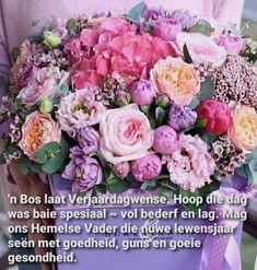 Happy Birthday Images, Happy Birthday Wishes, Birthday Greetings, Crochet Beanie Pattern, Afrikaans, Diys, Floral Wreath, Wreaths, Rose