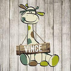 Een stoer geboortekaartje voor een jongen. Op het kaartje staat een giraffe op een houten achtergrond. Cards, Baby, Journalling, Pregnancy, Home Decor, Wall Painting Design, Giraffes, Drawings, Room Decor