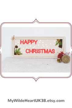 Loving this bright sparkly Christmas sign for your Christmas decor. #Christmas #Christmasdecorationsforthehome #Christmasdecorations