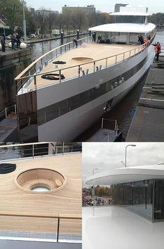 VENUS by Steve Jobs at dutchDZINE