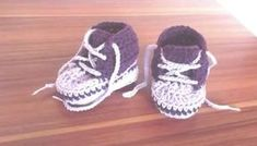Crochet Baby, Free Crochet, Baby Born, Baby Sewing, Yeezy, Adidas Sneakers, Baby Shoes, Kids, Handmade
