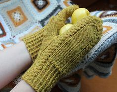 Ravelry: knittintin's Syysruusu