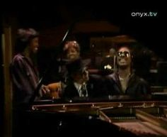 Dionne Warwick, Steve Wonder, Burt Bacharach, Gladys Knight, Elton John - That's what friends are for