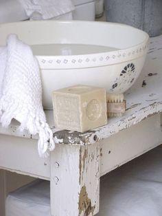 white summer cottage .. X ღɱɧღ