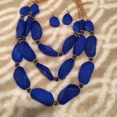 Muti line beaded Royal blue statement necklace set Royal blue multiline statement necklace new with tags. perfect piece for your collection Jewelry Necklaces