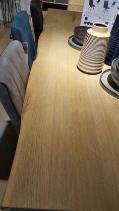 Vorm kindertafel/tv meubel