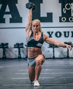 Female Crossfit Athletes, Crossfit Women, Female Athletes, Crossfit Body, Crossfit Photography, Fitness Photography, Crossfit Motivation, Fitness Motivation Pictures, Gym Photos