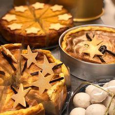steliosparliaros sweetalchemy glykesalchimiesofficial pastry love pastryshop cream chocolate fruits christmas Pastry Shop, Chocolate, Waffles, Cheese, Cream, Love, Fruit, Breakfast, Sweet