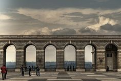 Los arcos del palacio    Palacio Real de Madrid