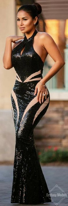 Simply Gorgeous // Dress by @chiccoutureonline // Fashion Look by @missdollycastro