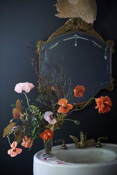 An arrangement in Brooklyn's Saipua flower shop | archdigest.com