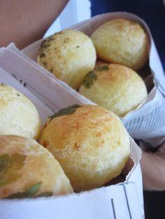 Bakery´s home: Pão de Queijo Tradicional, bread cheese, pan de queso tradicional brasileño.