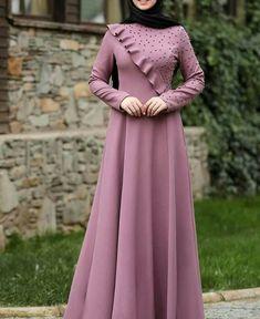 Abaya Fashion, Fashion Outfits, Moslem Fashion, Dress Pesta, Afghan Dresses, Hijab Fashion Inspiration, Stylish Clothes For Women, Muslim Dress, Latest African Fashion Dresses