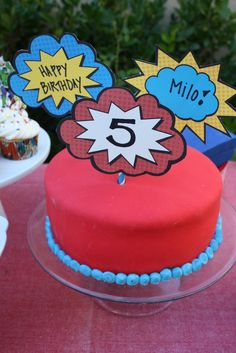 Buttercream Buzz: Superhero Cake - looks easy and uses tri-colored batter