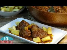 """ESPECIAL NAVIDAD """"CALDERETA"""" . Loli Domínguez. Recetas. Paso a paso. - YouTube Gluten Free Dinner, Spanish Food, Chicken Wings, Risotto, French Toast, Food And Drink, Beef, Breakfast, 3"""
