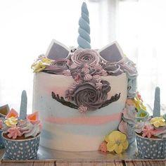 #unicorncake set 🌈 . #LADYCakeShop WA 08977560367 🌹🌸🍃 . . . #flowercakejakarta #cakejakarta #jualcakejakarta #birthdaycakejakarta #kueultahjakarta #cupcakejakarta #jualcupcakejakarta #customcakejakarta #customcupcakejakarta #sgbakes #onlinecakejakarta #kueultahanak #kidsbirthdaycake #wiltoncakes