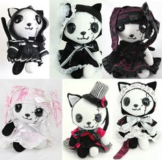 NAOTO Gothic Lolita dresses and shopping accessories from Tokyo Japan. Softies, Plushies, Gothic Lolita Dress, Gothic Dolls, Cute Stuffed Animals, Creepy Dolls, Creepy Cute, Cute Toys, Little Doll