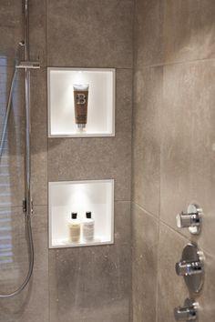 Bathroom Toilets, Bathroom Hooks, Home Reno, Master Bath, Bathtub, Family Room, Interior, Small Bathrooms, Reno Ideas
