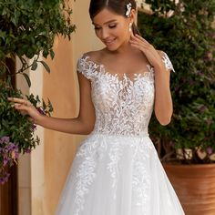 Diy Makeup, Dream Wedding, Wedding Dresses, Hessian, Beauty, Pictures, Tumbler, Outfits, Inspiration