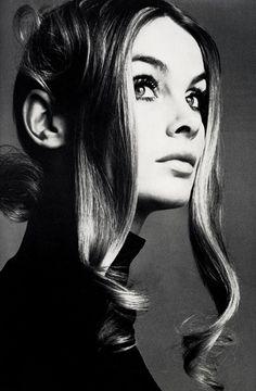 vintagegal: Jean Shrimpton photographed by Richard Avedon, 1969