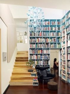 How fabulous is the split level design of this bookshelf - unsure how one would access the books, but hey, does look great