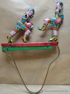 Juguetes antiguos de hojalata: ANTIGUO JUGUETE HOJA LATA ARTICULADO - LUCHADORES BOXEADORES - HOJALATA - Foto 1 - 40213416