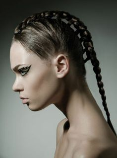 STYLING Model Hair ≈ :: Mohawk Braid - Hair Gone Wild
