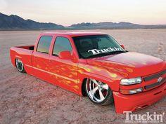 2002 Chevy Crewcab Mike Jones Air Bagged Trucks