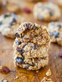 Healthy Oatmeal Chocolate Chip Miracle Cookies (vegan, GF) - NO Butter, Oil, Eggs, Flour or Sugar! Thick, soft & chewy little miracles! averiecooks.com