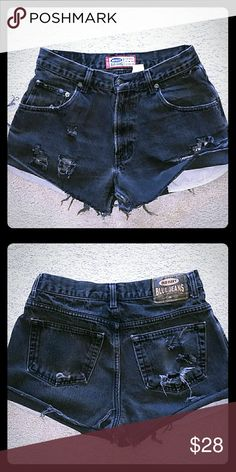 DESTROYED HIGH WAIST FESTIVAL SHORTS. ..SIZE 30 HIGH QUALITY  PERFECTLY  DESTROYED  BLACK FESTIVAL  SHORTS, JUST ON TIME FOR SPRING BREAK. .SIZE 30 Old Navy Shorts Jean Shorts
