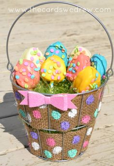 Polka Dot Burlap Wire Easter Basket - The Cards We Drew