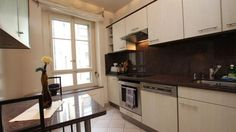 Av. Theodore Weber 22 - Furnished apartment - GENEVA - Switzerland - CHF 2900 Furnished 3 room apartment  Malagnou's area. Nearby downtown and public transport.  Charming renovated apartment, old parquet including: an entrance hall - a bedroom - a study - a full equipped kitche