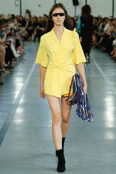 Cool Emilio Pucci Spring 2017 Ready-to-Wear Fashion Show... SP´17 Check more at http://fashionie.top/pin/22890/