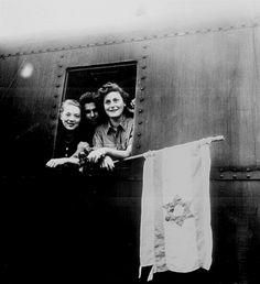 Jewish Children on Way to Palestine