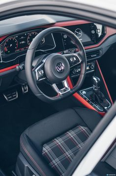 Ponemos a prueba al nuevo Volkswagen Polo GTI, con 200 CV. Volkswagen Jetta, Volkswagen Group, Vw R32 Mk4, Vw Tiguan, Vw Polo Modified, Polo Gti, Vw Golf Mk4, Vw Cars, Dream Cars