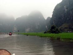 Sitting on boat cruising through Hang Ca, Hang Hai, Hang Ba with the scenic beauty of huge rocks standing along river and scattered green rice fields. You feel the tranquility, peace and all above, the nature combines with life of locals to form a poetic romantic painting of the countryside.