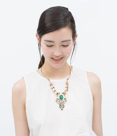 Image 3 of GEOMETRIC MOTIF NECKLACE from Zara
