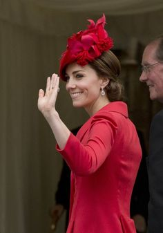 Kate Middleton Photos - Catherine, Duchess of Cambridge waves to the crowd as she arrives for the Order of The Garter Service at Windsor Castle on June 13, 2016 in Windsor, England. The annual service is held in St George's Chapel at Windsor Castle. - Order Of The Garter Service