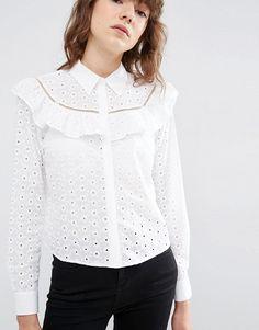 Bild 3 von ASOS – Bluse mit Lochstickerei und Rüschen