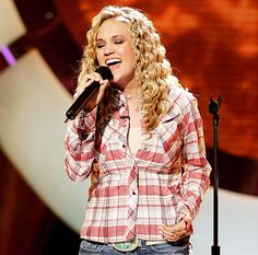 """Carrie Underwood Calls American Idol the """"Most Horrifying Thing"""" - Us Weekly"""