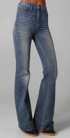 Marc by Marc Jacobs Standard Supply Flare Jeans Style Bell Bottom Pants, Bell Bottoms, High Jeans, High Waist Jeans, 70s Fashion, Vintage Fashion, Denim Shirt, Jeans Style, Flare Jeans