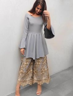 Searching for the best nurmahal punjabi suits and products like punjabi suit fashion boutique Indian Fashion Trends, Indian Designer Outfits, Asian Fashion, Ethnic Fashion, Designer Dresses, Pakistani Fashion 2017, Pakistani Wedding Outfits, Pakistani Dresses, Indian Dresses