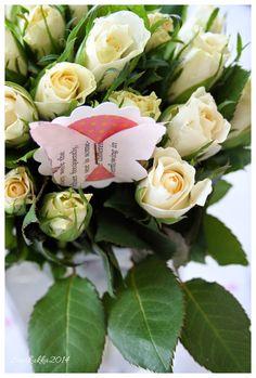 Sweet roses - Ruusukimppu ja perhoskoriste.