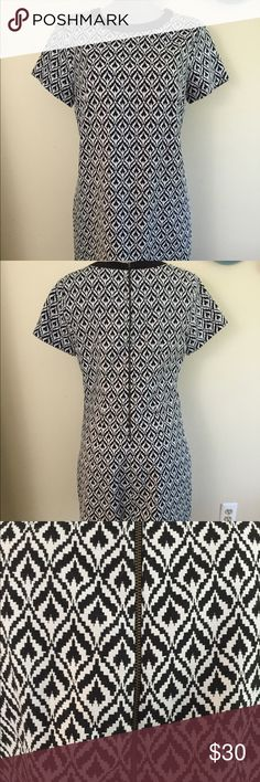 Above knee length ikat shift dress. Worn once, in nearly new condition. Perfect for 5'2-5'3. Short sleeve shift. Heavy exposed back zipper. Above knee length. eshakti Dresses Mini