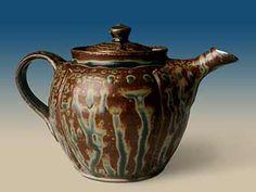 Ashed Glazed Teapot/ Dan Finnegan