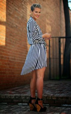 what courtney wore stripes What Courtney Wore, Courtney Kerr, Looks Style, Style Me, Summer Outfits, Cute Outfits, Winter Outfits, Vogue, Up Girl