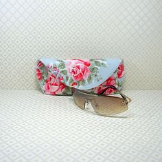 Sunglasses Case, Cath Kidston Fabric, Glasses Case, Eyeglasses Case, Handmade Glasses Case, Floral Glasses Case, Made in Britain, Gift Idea by TheThreadWinner on Etsy